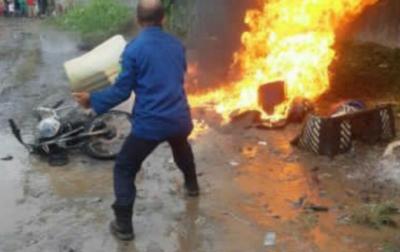 Sebuah Sepeda Motor Terbakar di Amplas