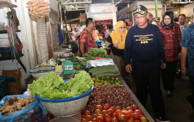 Akhyar Pantau Harga Kebutuhan Pokok di Pasar Tradisional