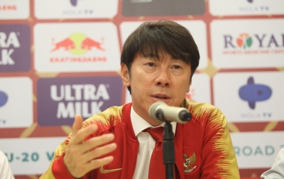 Iwan Bule: Shin Tae Fokus Pada Tim Senior