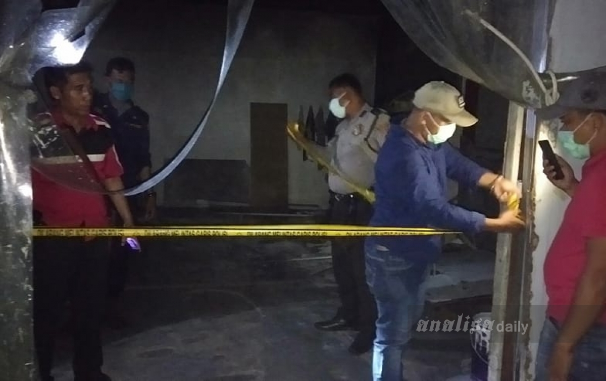 Pabrik di Tanjung Morawa Terbakar