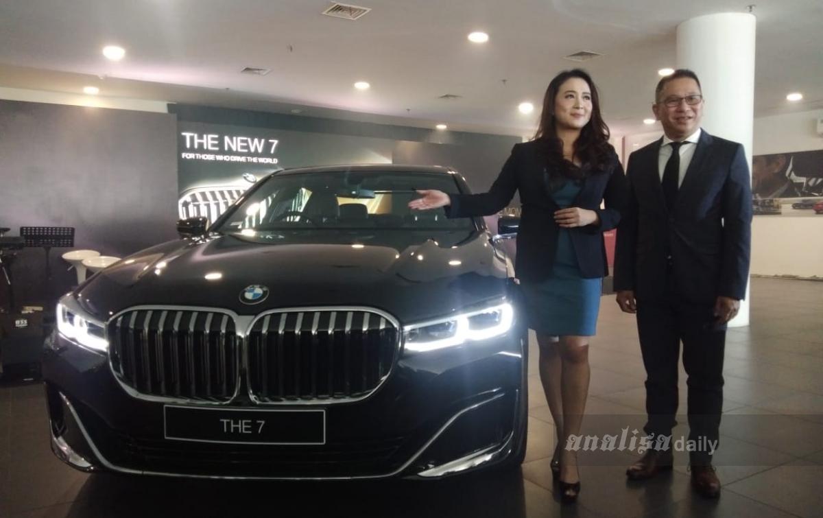 Jumlah Pelanggan Meningkat, BMW Luncurkan Seri 7 Terbaru di Medan