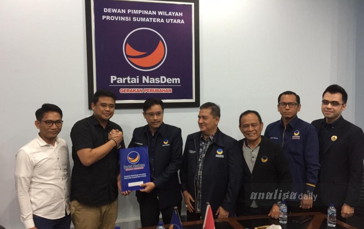 Bobby Kembalikan Formulir Balon Wali Kota Medan ke NasDem