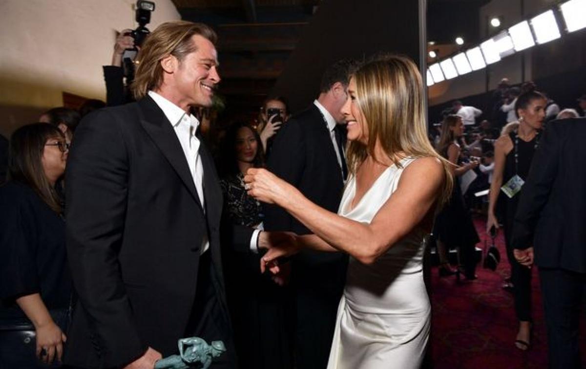 Brad Pitt dan Jennifer Aniston Kembali Mesra