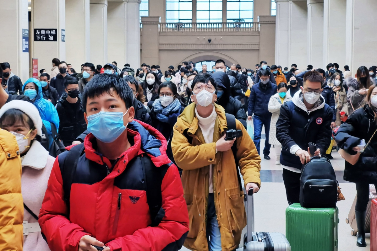 BNPB Akan Kirim 10 Ribu Masker untuk WNI di China