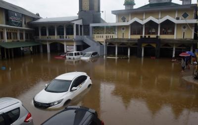 Cara Klaim Asuransi Mobil Rusak Akibat Banjir
