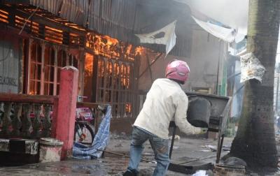 Kebakaran Hebat Terjadi di Sidimpuan, 14 Rumah Hangus