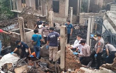 Pasca Kebakaran, Polisi Gelar Olah Tempat Kejadian