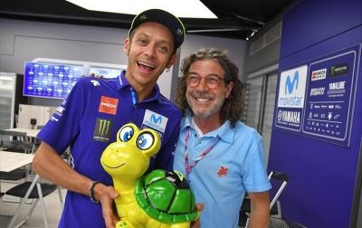 Penyu dari Jerman Diberikan Kepada Valentino Rossi