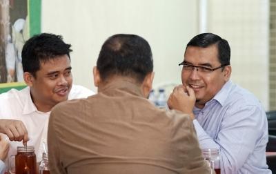 Bobby Nasution Bertemu Ustaz Hafez, Bahas Pilkada?