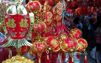 Penjualan Pernak-pernik Imlek Meningkat dari Tahun Lalu