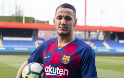 Barcelona Rekrut Mantan Striker Inter Milan