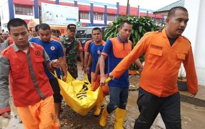 Banjir dan Longsor Tapteng, Tiga Orang Meninggal Dunia
