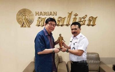 Kunjungi Harian Analisa, Kepala Kantor Imigrasi Medan Bahas Pencegahan Virus Corona