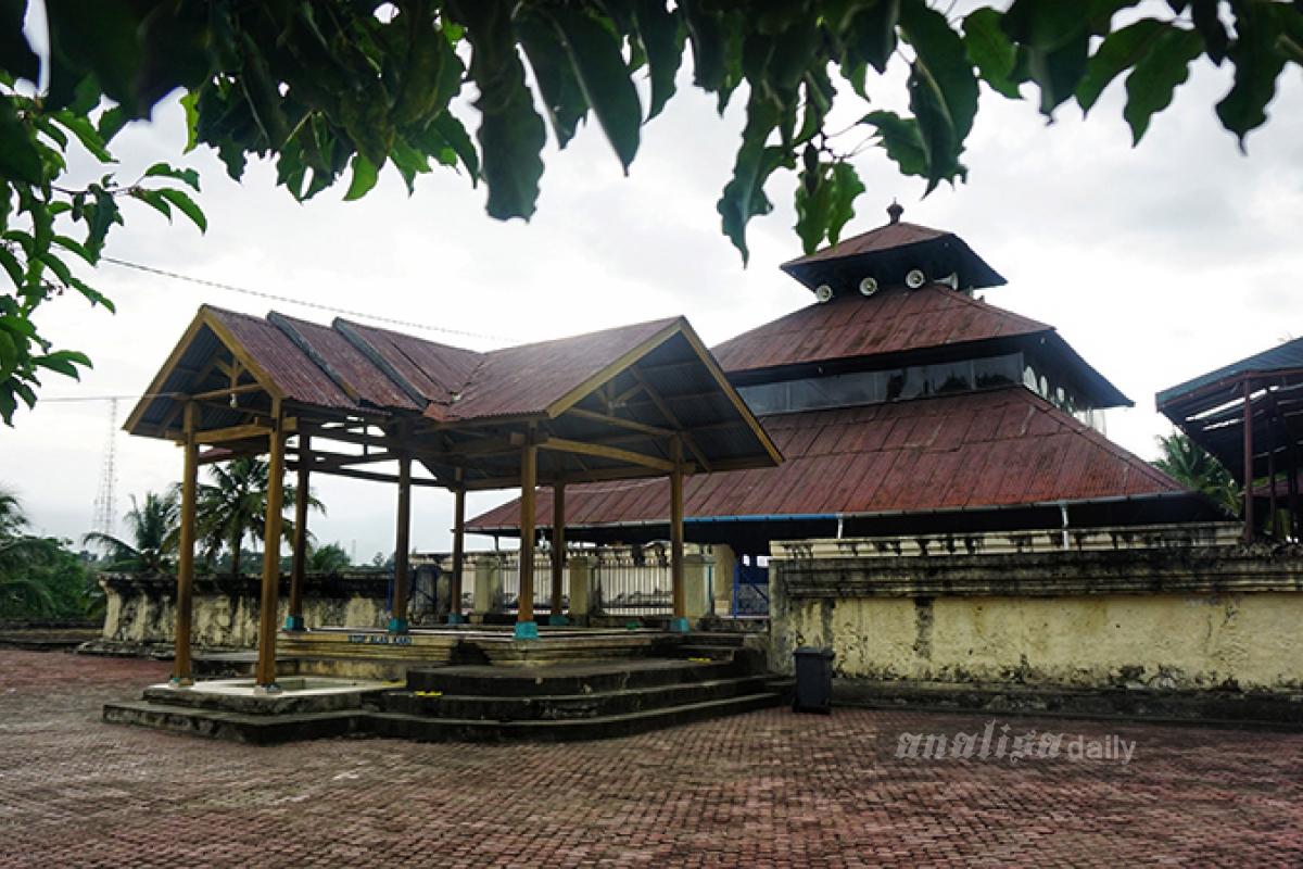 Masjid Tuha Indrapuri, Bangunan Bersejarah di Atas Reruntuhan Candi