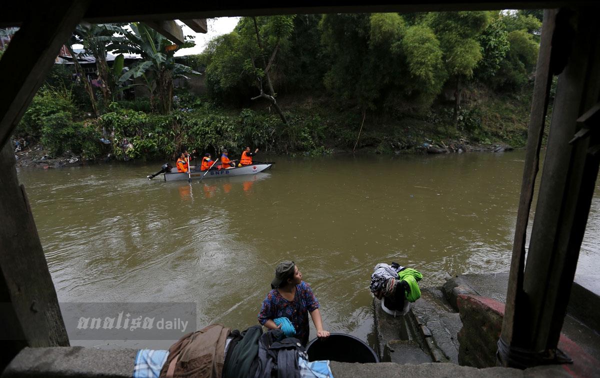 FOTO: Ayo Bersihkan Sungai Deli