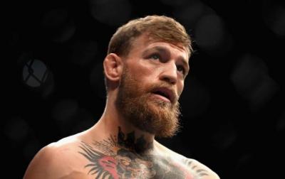 Pertarungan McGregor Vs Khabib Tak Akan Digelar Dalam Waktu Dekat