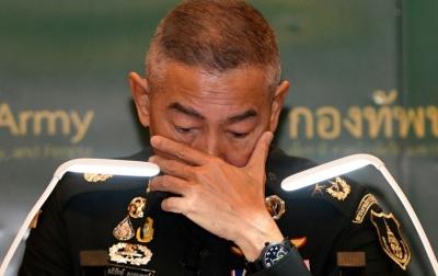 Panglima Angkatan Darat Thailand Menangis Minta Maaf