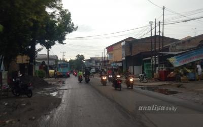 Kota Medan Dilanda Hujan, Pengendara Diimbau Hati-hati