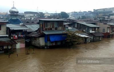 Sungai Deli dan Babura Meluap, Ratusan Rumah Warga Terendam Banjir