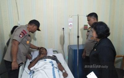 Kapolda Sumut Jenguk Polisi yang Dibacok Pengedar Sabu