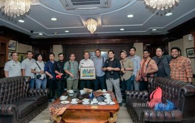 Akhyar Nasution Ajak Fotografer Bikin Cantik Medan Lewat Visual