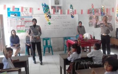 Satlantas Polresta Deli Serdang Sosialisasi Dengan Murid SD