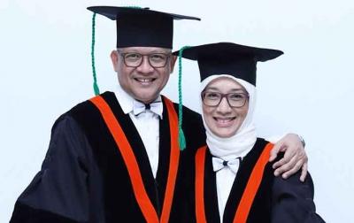 Suami Istri Dikukuhkan Jadi Profesor di Unsyiah