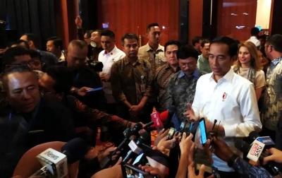 Tangguhkan Layanan Umrah, Jokowi Hargai Sikap Arab Saudi