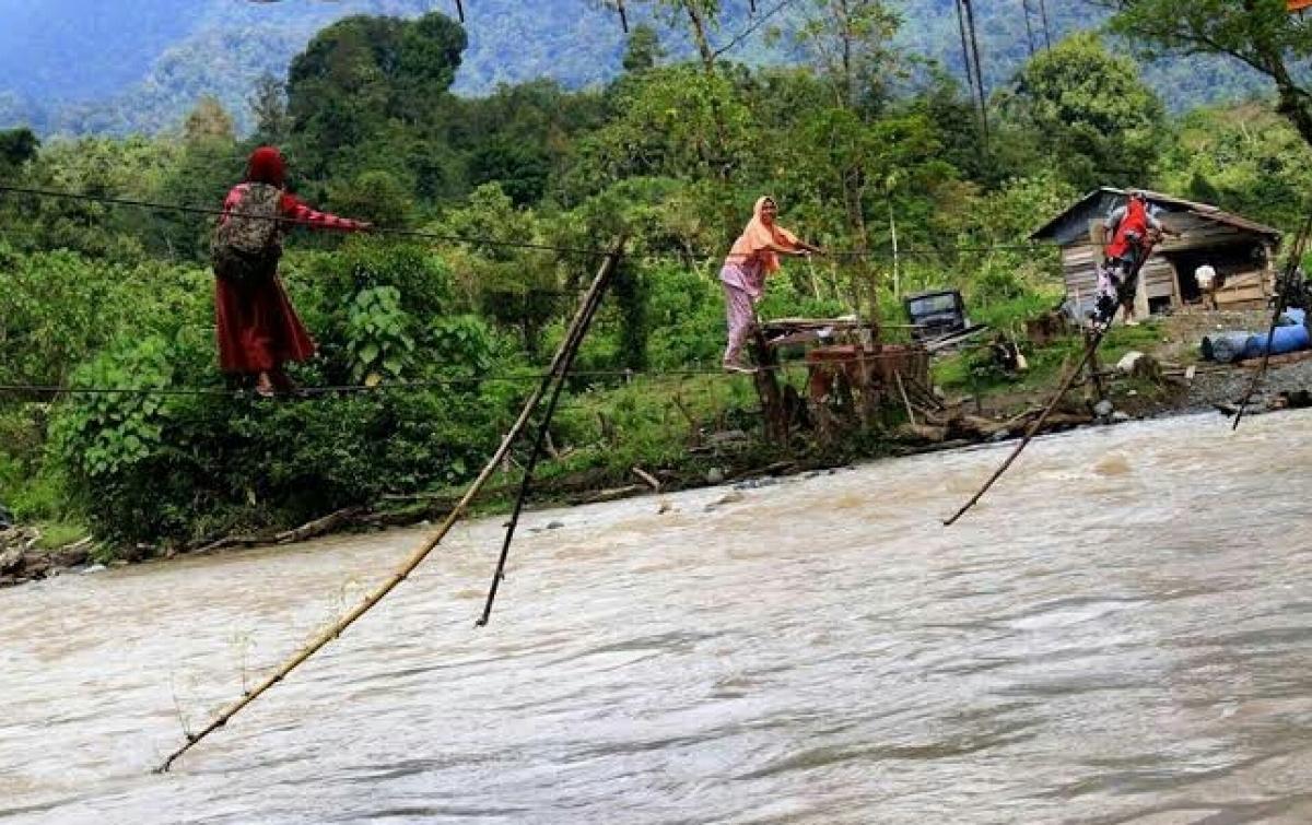 Aceh Targetkan Bebas Jembatan Kabel di 10 Kabupaten/Kota