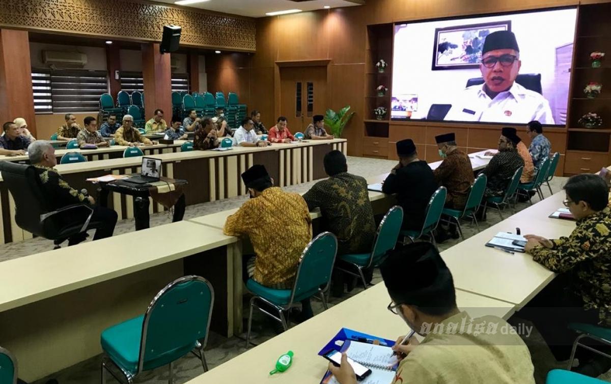 Pemerintah Aceh Rapat Pencegahan Covid-19 Melalui Video Conference