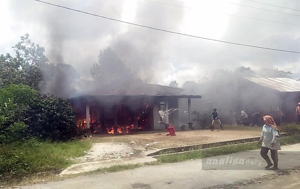 Satu Rumah Terbakar di Pangaribuan