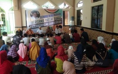 Bobby Nasution Berbagi Keberkahan di Kampung Aur