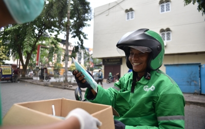 Grab Perkuat Langkah untuk Memerangi COVID-19 di Medan