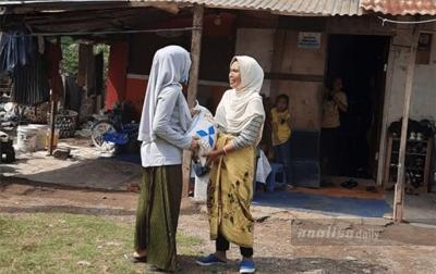 Anggota DPR Aceh Salurkan 2 Ton Beras untuk Warga Kurang Mampu