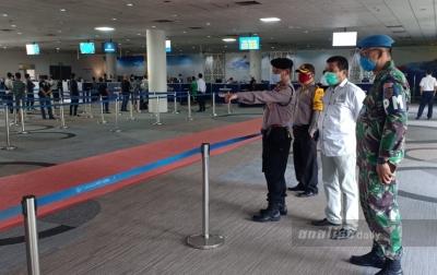 Pemulangan TKI Gelombang Kedua di Bandara Kualanamu Berjalan Lancar