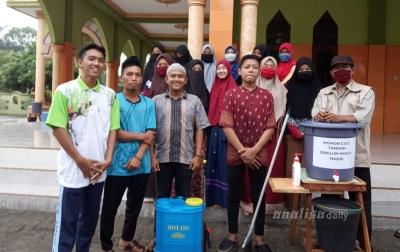 Sambut Ramadan, Irmaja Kubahsentang Bersihkan Masjid