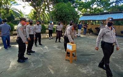 Personil Polsek Teluk Mengkudu Galang Dana Untuk Masyarakat