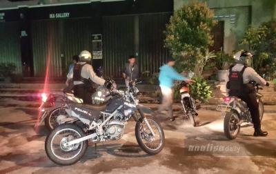 Patroli Kota Polresta Banda Aceh Bubarkan Ratusan Pembalap Liar