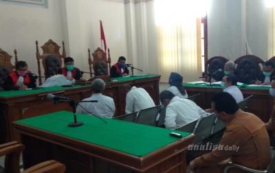 Hakim Curiga Motif Samsul Fitri Minta Uang ke Kadis-kadis