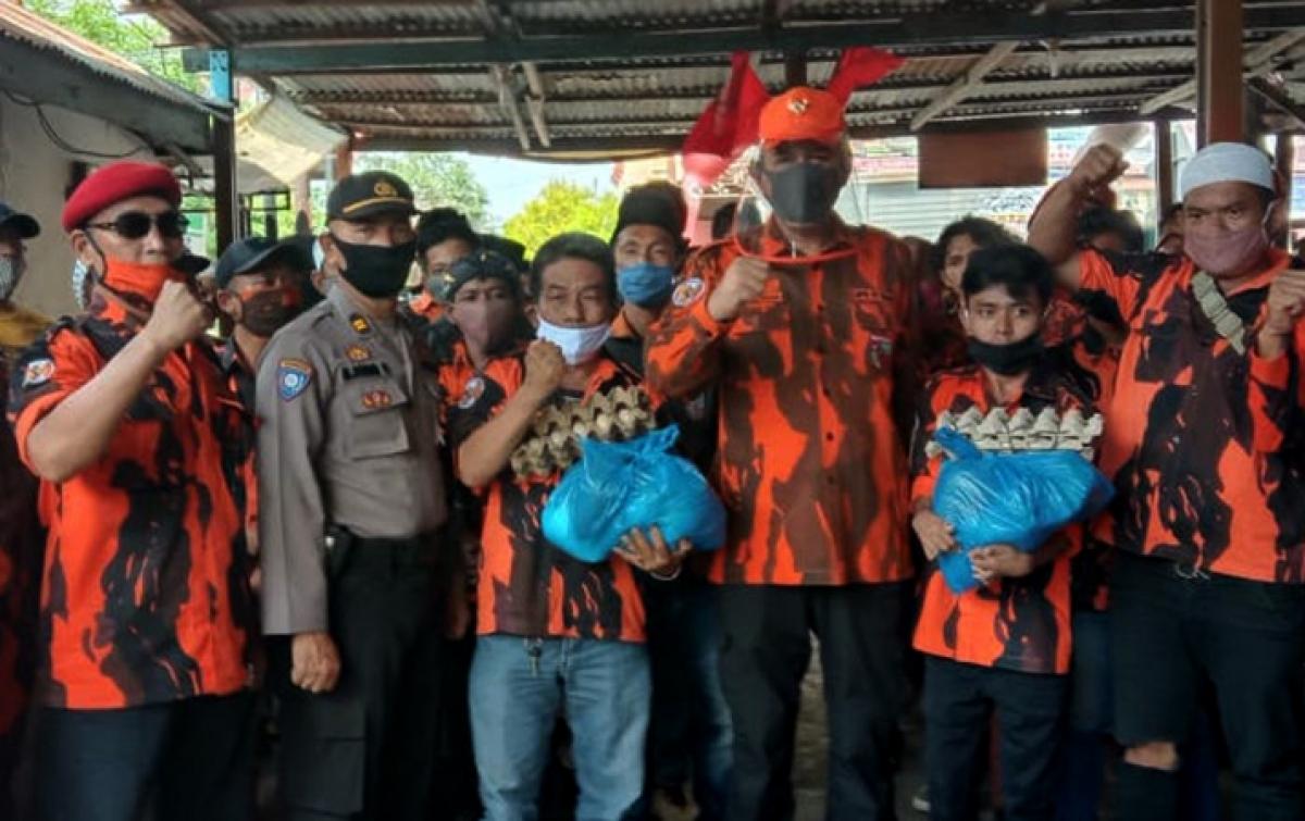 Pemuda Pancasila Indra Kasih Bantu Kader Terdampak COVID-19