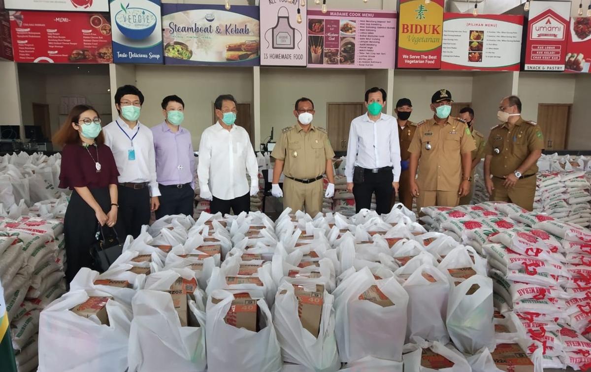 Akhyar Apresiasi Mujur Group Bagikan 4.500 Sembako