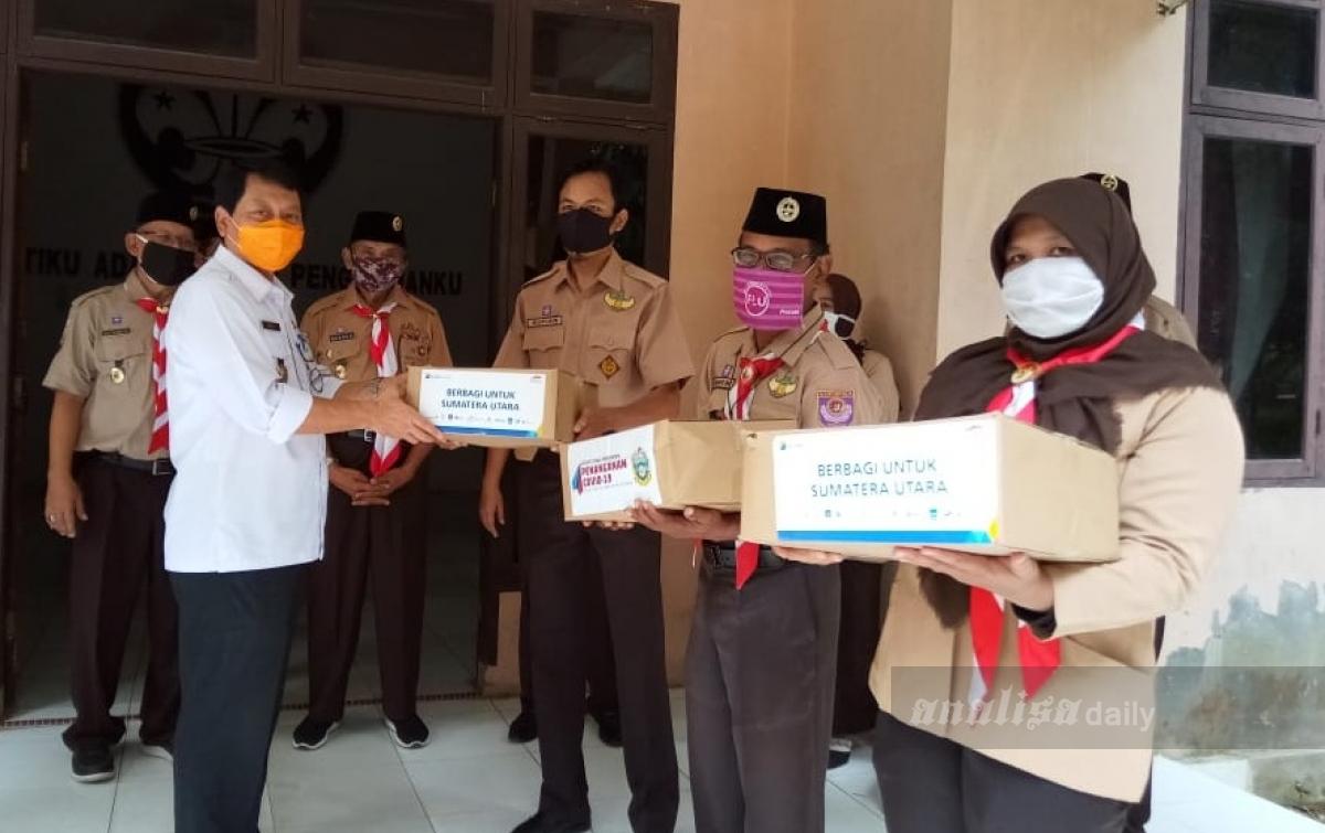 Kwarda Pramuka Sumut Salurkan Paket Sembako ke Kwarcab Langkat