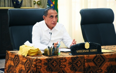 Dana Bansos Rp 300 Miliar untuk 1.3 Juta Kepala Keluarga