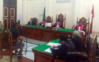 Eldin Kepada Majelis Hakim: Kalau Sudah Habis, Melapor Lagi