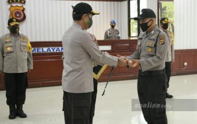 Dipukul Mahasiswa, Seorang Polisi Aceh Terima Penghargaan