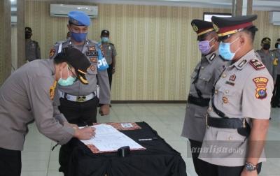 Kapolresta Deli Serdang Pimpin Sertijab Tiga Kapolsek