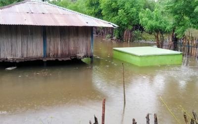 Sumba Timur Dilanda Banjir, 2 Rumah Warga Hanyut