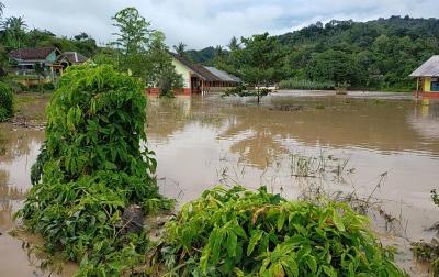 Masyarakat Diminta Waspadai Cuaca Buruk Hingga 22 Mei 2020
