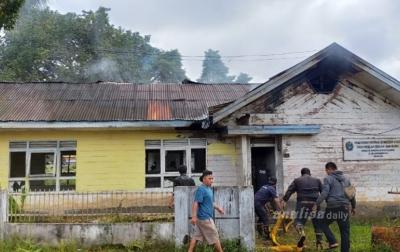 Bangunan Milik Pemprov Sumut Terbakar di Sidikalang