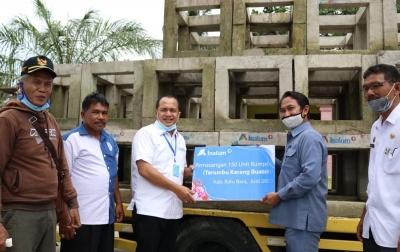 Inalum Bantu 150 Rumpon di Desa Medang Deras dan Gambus Batubara